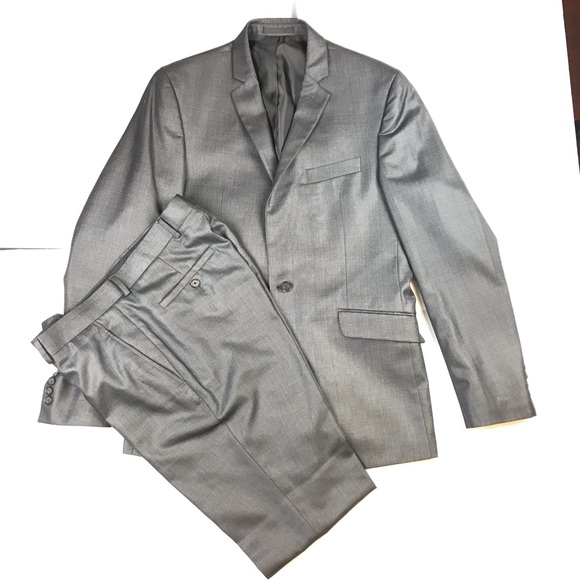 Kenneth Cole Reaction Other - Gray suit size 40R 33W Kenneth Cole reaction